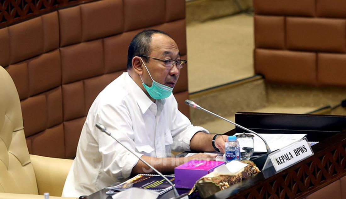 Plt Kepala BP-BPWS (Kabapel) Achmad Herry Marzuki mengikuti rapat dengar pendapat dengan Komisi V DPR, Jakarta, Senin (13/7). Rapat tersebut membahas Tindak lanjut Hapsem BPK Semester I dan II Tahun 2019 BMKG, BNPP, dan Bapel BPWS. Foto: Ricardo - JPNN.com