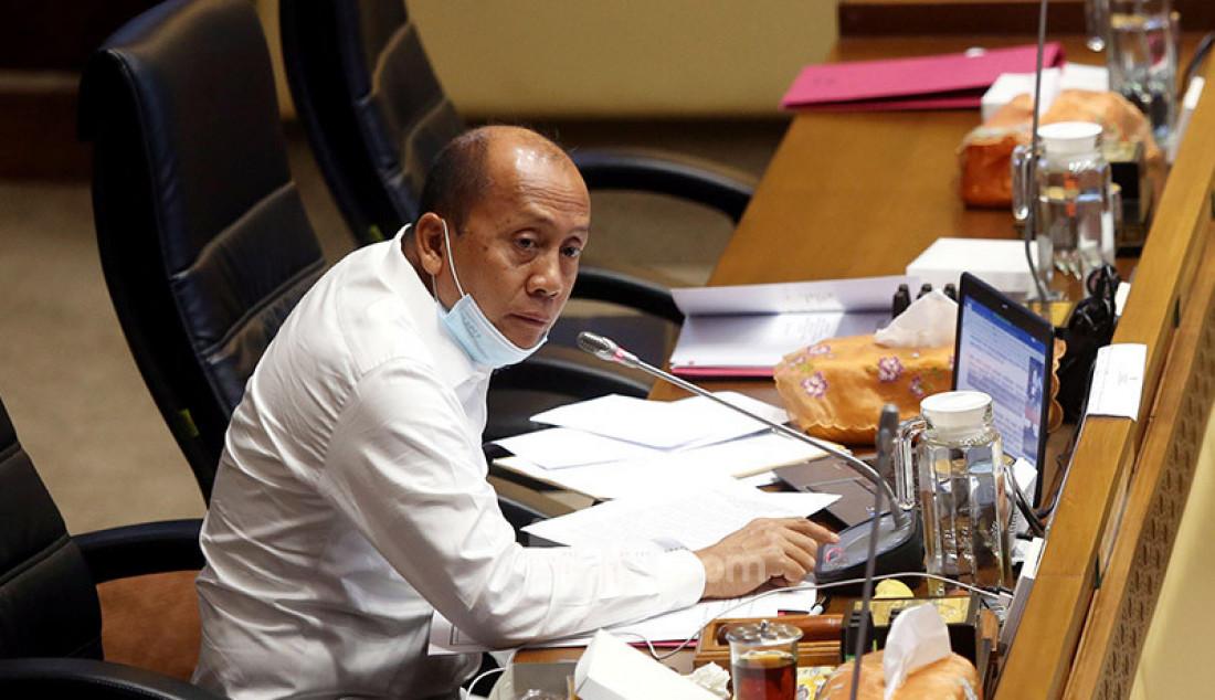 Wakil Ketua Komisi II DPR Saan Mustopa memimpin rapat kerja dengan Mendagri Tito Karnavian, Jakarta, Senin (13/7). Rapat kerja tersebut membahas evaluasi kinerja Kementerian Dalam Negeri tahun 2019 sampai dengan Juni 2020. Foto: Ricardo - JPNN.com