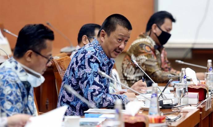 Komisi VI DPR RDP Bersama Dirut Garuda Indonesia