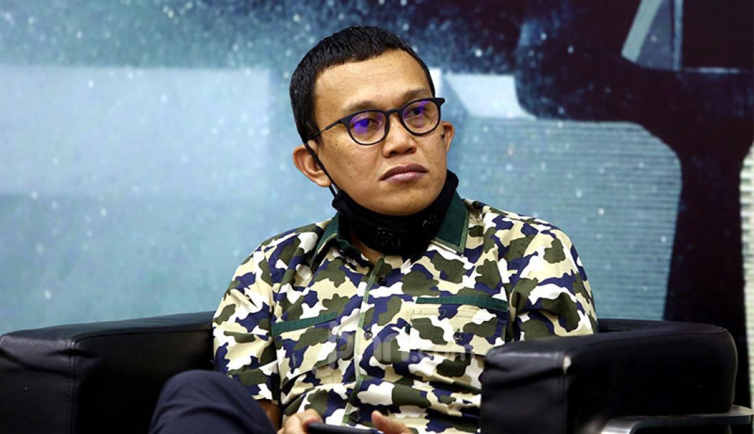 Anggota Fraksi PKB DPR Abdul Kadir Karding menjadi pembicara pada diskusi Polemik Lobster: Untungkan Rakyat atau Pengusaha?, Jakarta, Kamis (16/7). Foto: Ricardo - JPNN.com