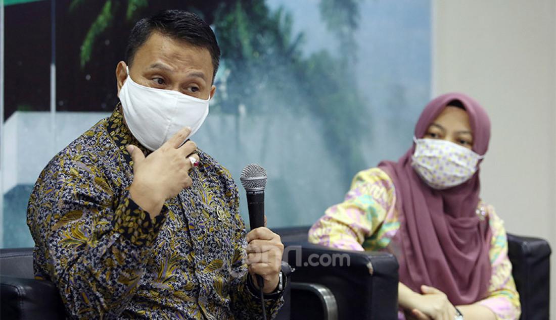 Anggota komisi II Fraksi PKS, Mardani Ali Sera dan Direktur Eksekutif Perludem Titi Anggraini saat menjadi pembicara pada diskusi Kekhawatiran Menguatnya Dinasti Politik, Jakarta, Selasa (28/7). Foto: Ricardo - JPNN.com