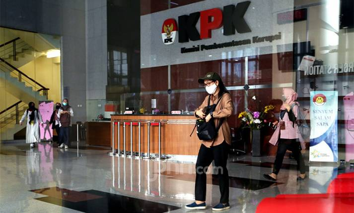 Pegawai KPK Resmi Menjadi ASN - JPNN.com