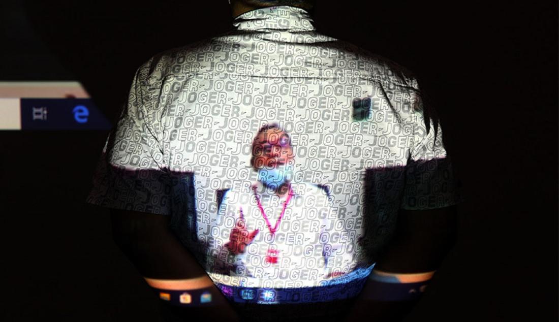 Ketua Umum PAN Zulkifli Hasan usai menjadi saksi dalam sidang yang digelar secara Virtual di Gedung KPK, Jakarta, Selasa (11/8). Zulkifli bersaksi untuk terdakwa Legal Manager PT Duta Palma Group Suheri Terta dalam kasus suap yang menjerat Gubernur Riau (2014-2019) Annas Maamun terkait pengajuan revisi alih fungsi hutan di Riau pada 2014, yang mana saat itu Zulkifli Hasan menjabat sebagai Menteri Kehutanan. Foto: Ricardo - JPNN.com