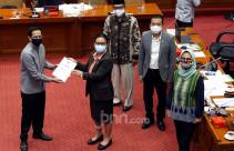 Komisi X DPR Raker Bersama Mendikbud Nadiem - JPNN.com
