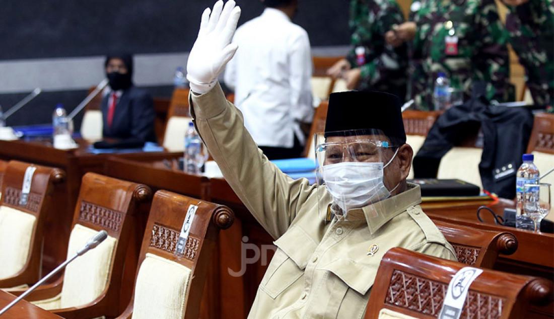 Menhan Prabowo Subianto mengikuti rapat kerja dengan Komisi I DPR, Jakarta, Rabu (9/9). Rapat ini membahas RKA – KL Kemhan/TNI TA 2021. Foto: Ricardo - JPNN.com