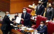 DPR Sahkan RUU Pelaksanaan Pertanggungjawaban APBN TA 2019 - JPNN.com