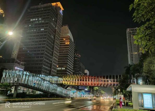 Realme 7: Jakarta Malam Hari Saat PSBB - JPNN.com