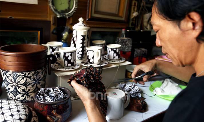 Industri Kerajinan dari Batik Terimbas Ganasnya Pandemi Covid-19 - JPNN.com