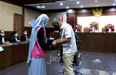 Kubu Pinangki Sesali Jaksa Tidak Jelaskan soal Penerimaan Uang USD 500 Ribu - JPNN.com