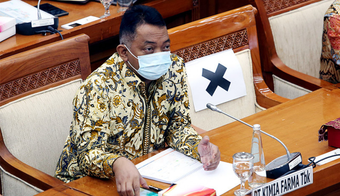 Dirut PT Kimia Farma Tbk Verdi Budidarmo menghadiri rapat dengar pendapat Komisi VI DPR di Jakarta, Senin (5/10). Agenda rapat rersebut ialah membahas kondisi aktual Kimia Farma dalam penanganan Covid-19 dan program Pemulihan Ekonomi Nasional. Foto: Ricardo - JPNN.com