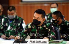 Kisah Mayjen Dudung Abdurachman, Penjual Jajanan Pasar, Loper Koran, jadi Pangdam Jaya - JPNN.com