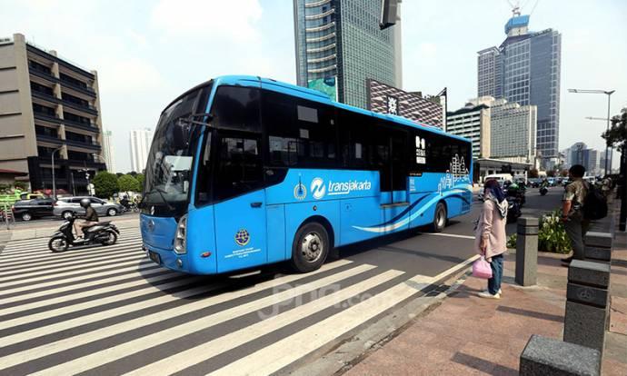 Operasional Transjakarta Pascademo Rusuh Menolak Omnibus Law Cipta Kerja