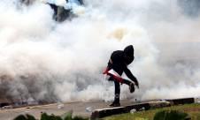 Polisi Bubarkan Aksi Demo Penolak Omnibus Law Cipta Kerja - JPNN.com