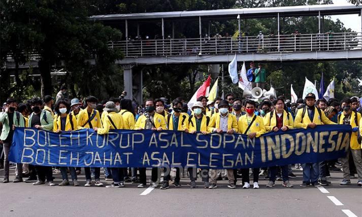 Tolak Omnibus Law, BEM SI Kembali Turun ke Jalan - JPNN.com