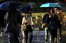 BMKG Minta Warga Jabodebek Waspada Hari Ini, Jangan Lupa Bawa Payung! - JPNN.com