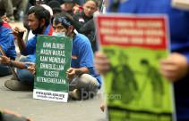 Kelompok Buruh Kembali Gelar Aksi Tolak Omnibus Law Cipta Kerja - JPNN.com