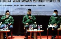 Diskusi Visi Misi NKRI Bagi Calon Kepala Daerah - JPNN.com