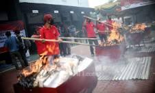 Pemusnahan Dolar Palsu di Kejaksaan Negeri Jakarta Utara - JPNN.com