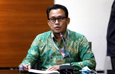 KPK Periksa Eks Petinggi Kemensetneg Terkait Kasus Korupsi di PTDI - JPNN.com