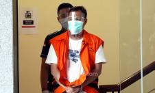 Mantan Wakil Bendahara Umum PPP Pakai Rompi Tahanan KPK - JPNN.com
