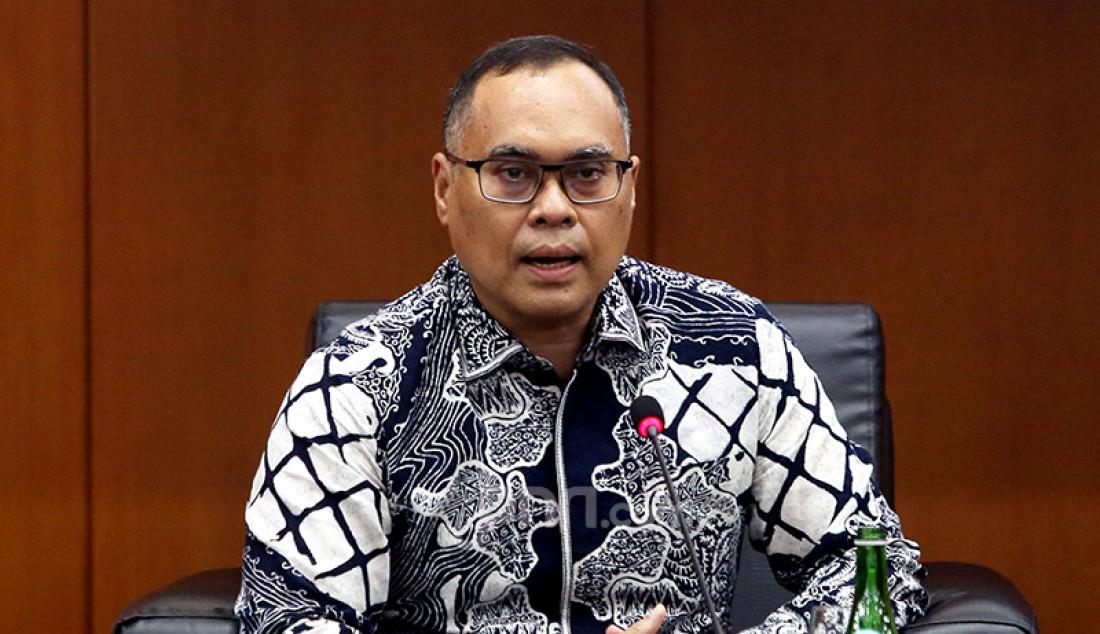 Pakar hukum internasional Hikmahanto Juwana saat menjadi pembicara pada forum group discussion (FGD) bertema 'Politik Luar Negeri Amerika Serikat' di Jakarta, Rabu (2/12). Foto: Ricardo - JPNN.com