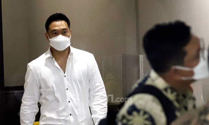 Michael Yukinobu Jalani Pemeriksaan untuk Kasus Video Syur