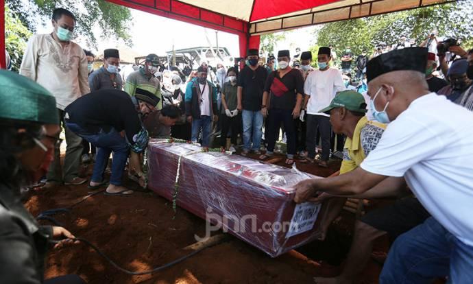 Pemakaman Pramugari Korban Sriwijaya Air SJ182