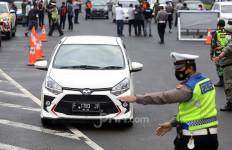Mau Masuk Bogor, Sekitar 3.200 Mobil Pelat Ganjil Diminta Putar Balik - JPNN.com
