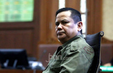 Jaksa Pengin Jenderal Polisi Penerima Suap dari Djoko Tjandra Dihukum 3 Tahun Penjara - JPNN.com