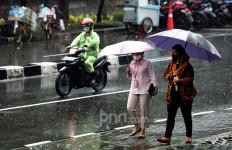 BMKG Keluarkan Peringatan Dini, Masyarakat Jakarta dan Wilayah Ini Diminta Waspada - JPNN.com