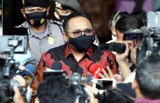 Menag Ajak Umat Melaksanakan Salat Gaib untuk Pejuang di KRI Nanggala 402 - JPNN.com