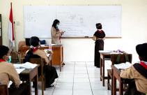 Pelaksanaan Uji Coba Pembelajaran Tatap Muka - JPNN.com