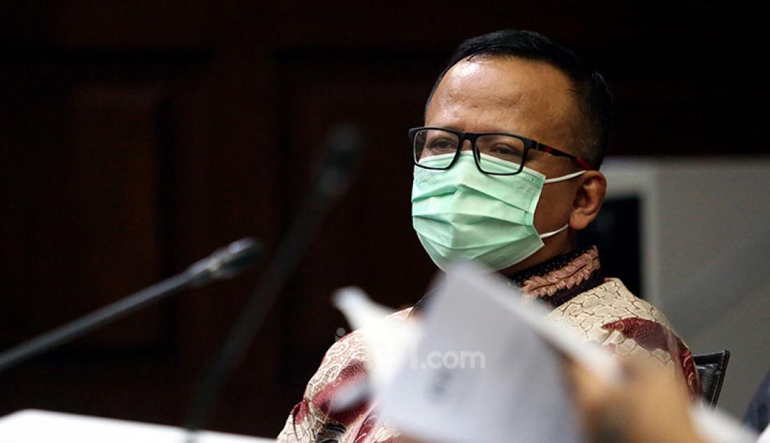 Mantan Menteri Kelautan dan Perikanan Edhy Prabowo yang menjadi terdakwa perkara suap izin ekspor benih lobster menjalani sidang lanjutan di Pengadilan Tipikor Jakarta, Rabu (28/4). Agenda sidang tersebut ialah mendengarkan keterangan saksi. Foto: Ricardo - JPNN.com
