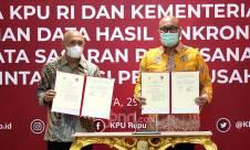 Menteri Teten dan Ketua KPU Teken MoU Pemanfaatan Data Pemilih - JPNN.com