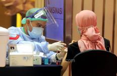 KDRT Meningkat saat Pandemi, Pemerintah Genjot Vaksinasi untuk Sukarelawan Perempuan & Anak - JPNN.com