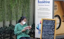 Perpustakaan Bersama Ala Pemkot Jakpus dan Bookhive di Taman Situ Lembang - JPNN.com
