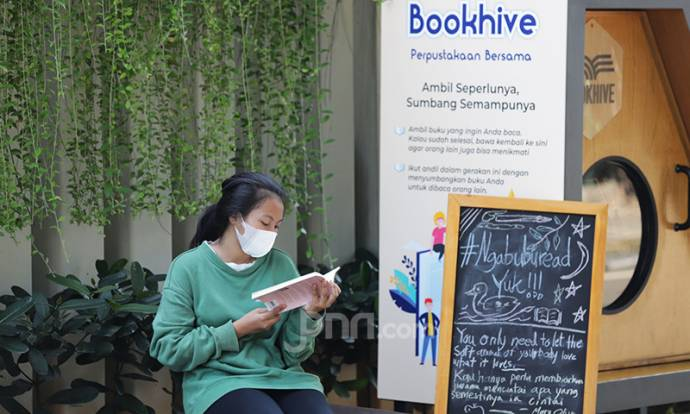 Perpustakaan Bersama Ala Pemkot Jakpus dan Bookhive di Taman Situ Lembang