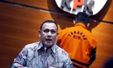 KPK Tahan Pejabat Pajak Angin Prayitno - JPNN.com
