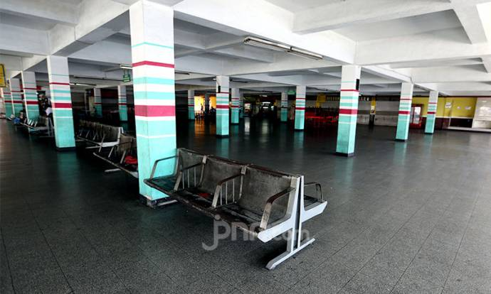 Suasana Terminal Penumpang Pelabuhan Tanjung Priok Jelang Lebaran